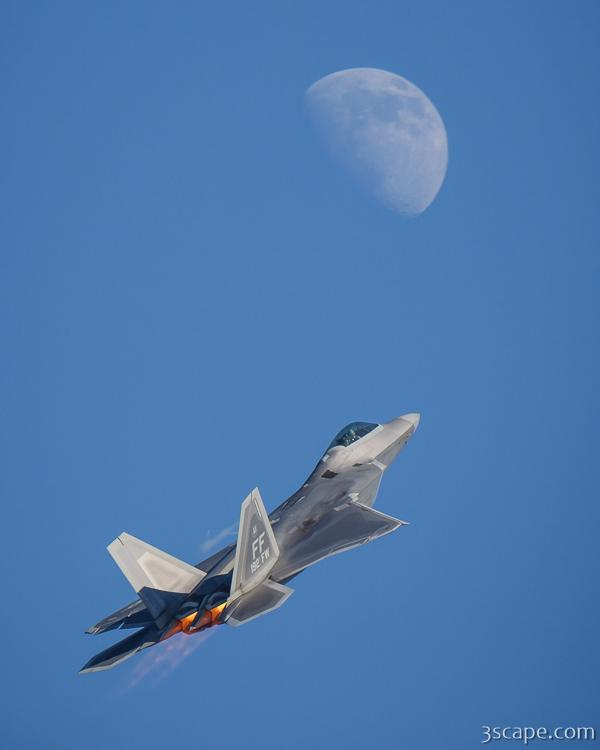 F-22 Raptor and Moon
