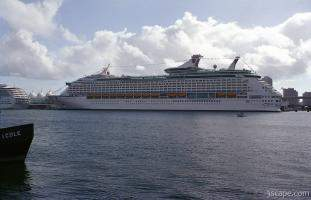 Royal Caribbean Cruise Liner