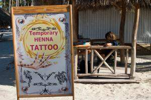 Temporary tattoos right on the beach!
