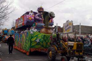 Snake Charmers Float (Krewe of Iris)