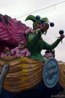 Famous Jugglers Float (Krewe of Iris)