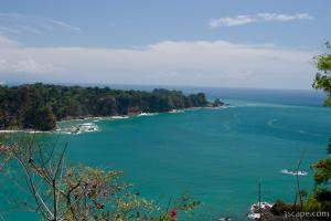 View of the Pacific Ocean near Manuel Antonio