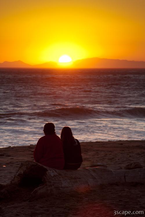 Two people enjoying the sunset at Tree at sunset, Leo ...