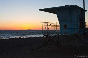 Lifeguard shack at sunset at Leo Carrillo State Beach