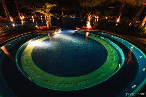Night shot of the adult pool
