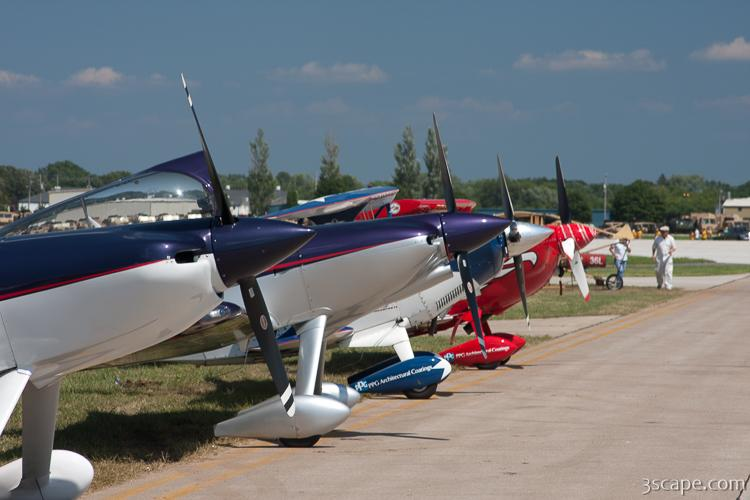 Airplanes lined up at EAA
